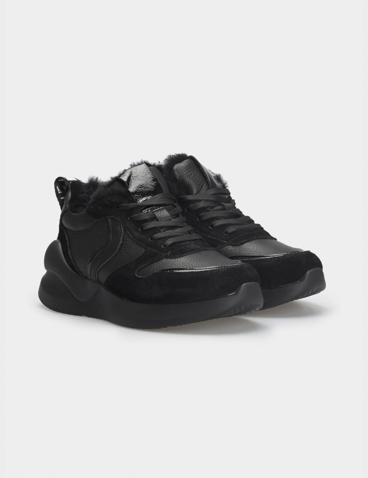 Кросівки чорні. Натуральна шкіра/замша. Вовна1