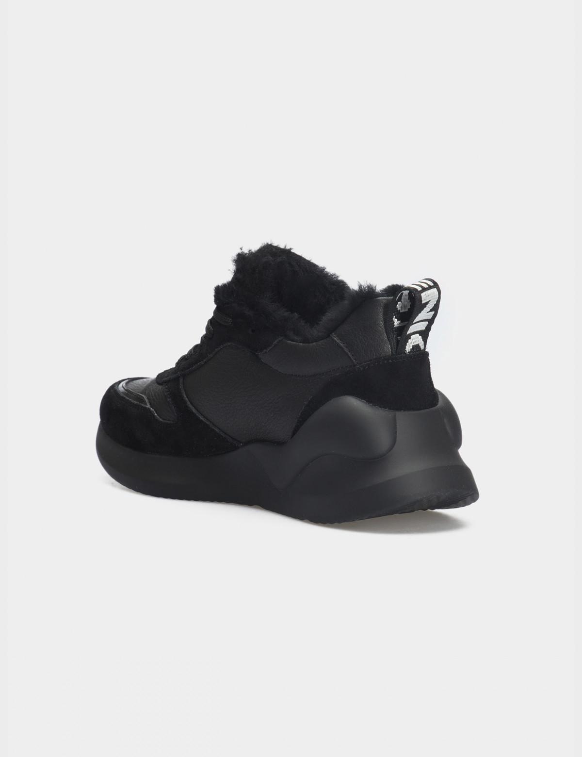 Кросівки чорні. Натуральна шкіра/замша. Вовна2