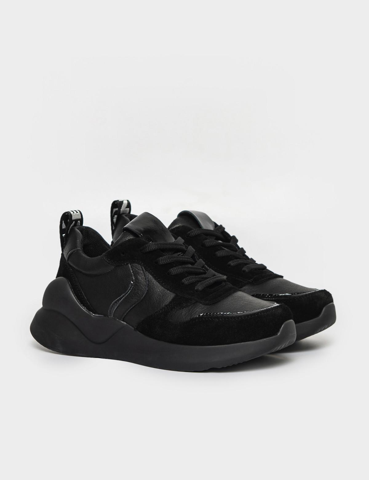 Кроссовки черные. Натуральная кожа/замша. 1