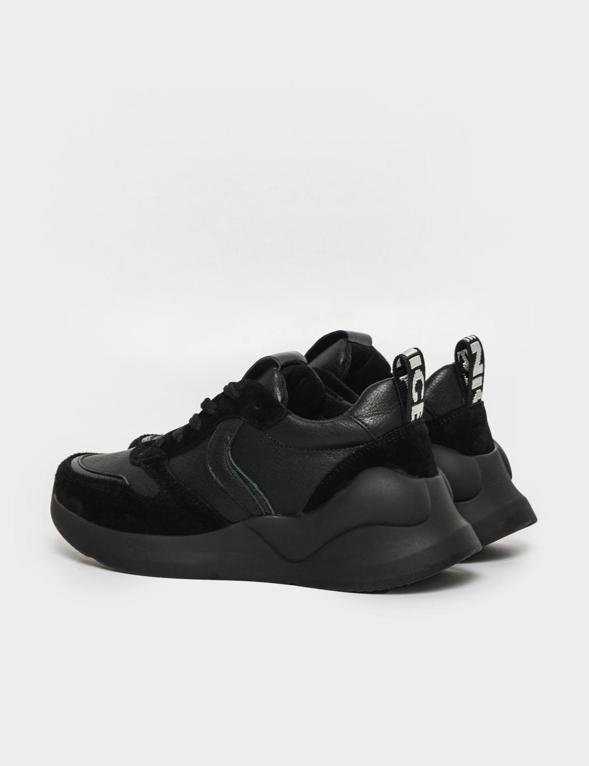 Кроссовки черные. Натуральная кожа/замша. 2