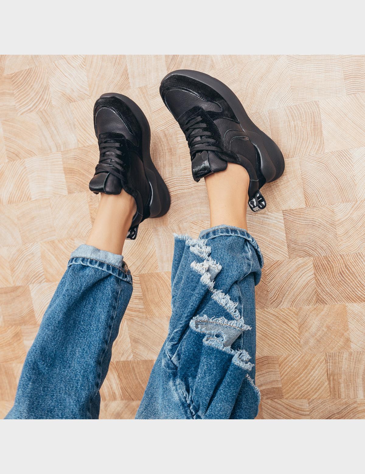 Кроссовки черные. Натуральная кожа/замша. 5
