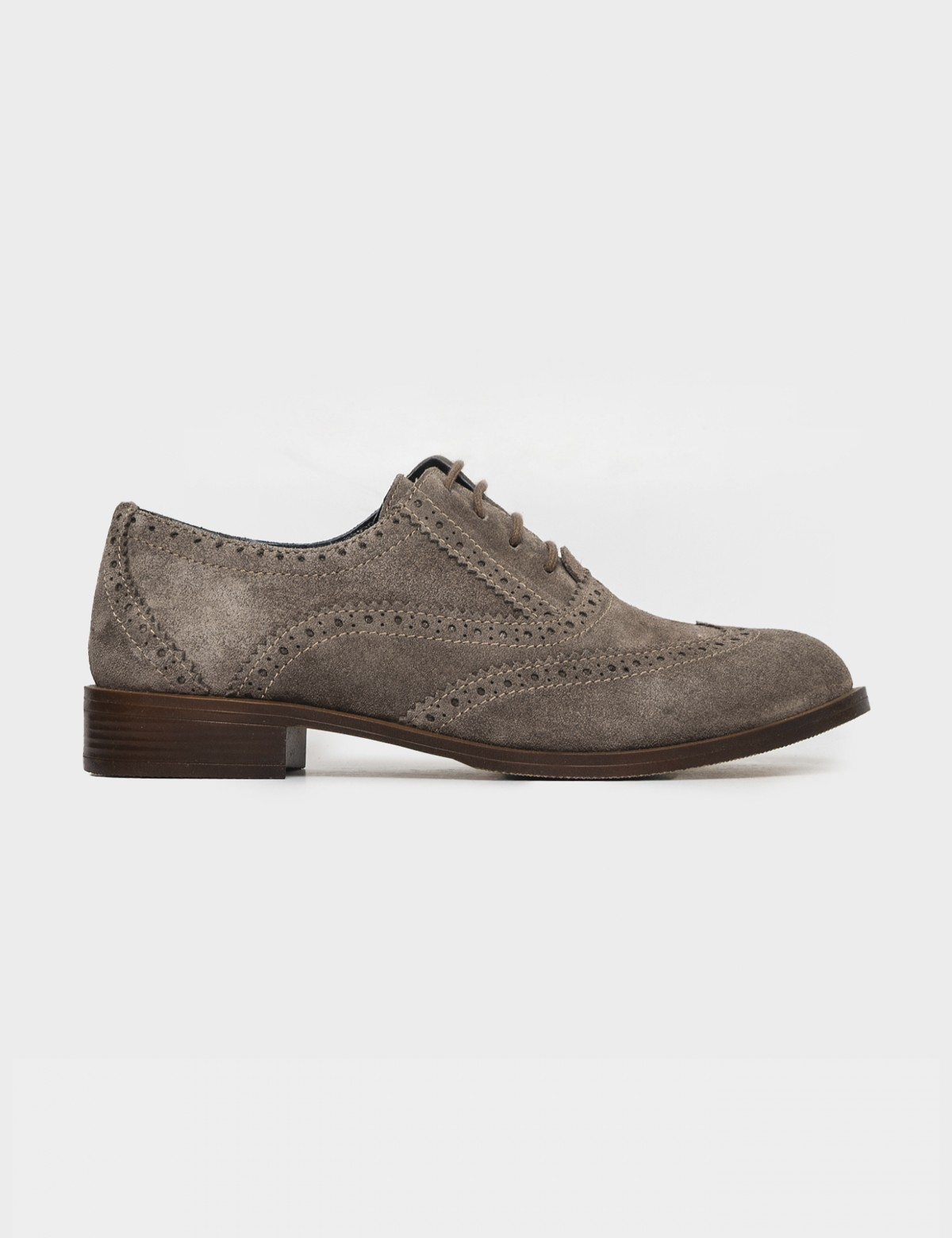 Туфли бежевые. Натуральная замша