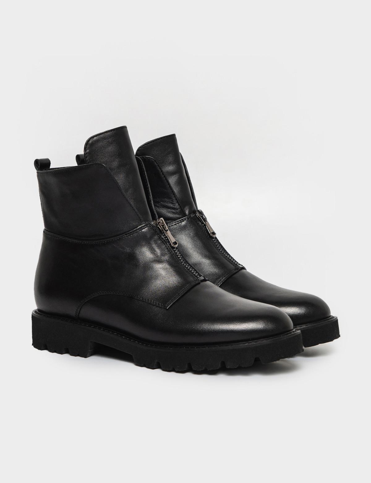 Ботинки черные, натуральная кожа. Байка1