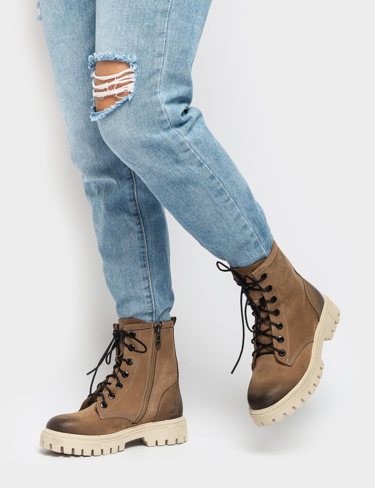 Ботинки бежевые. Натуральный нубук. Байка4