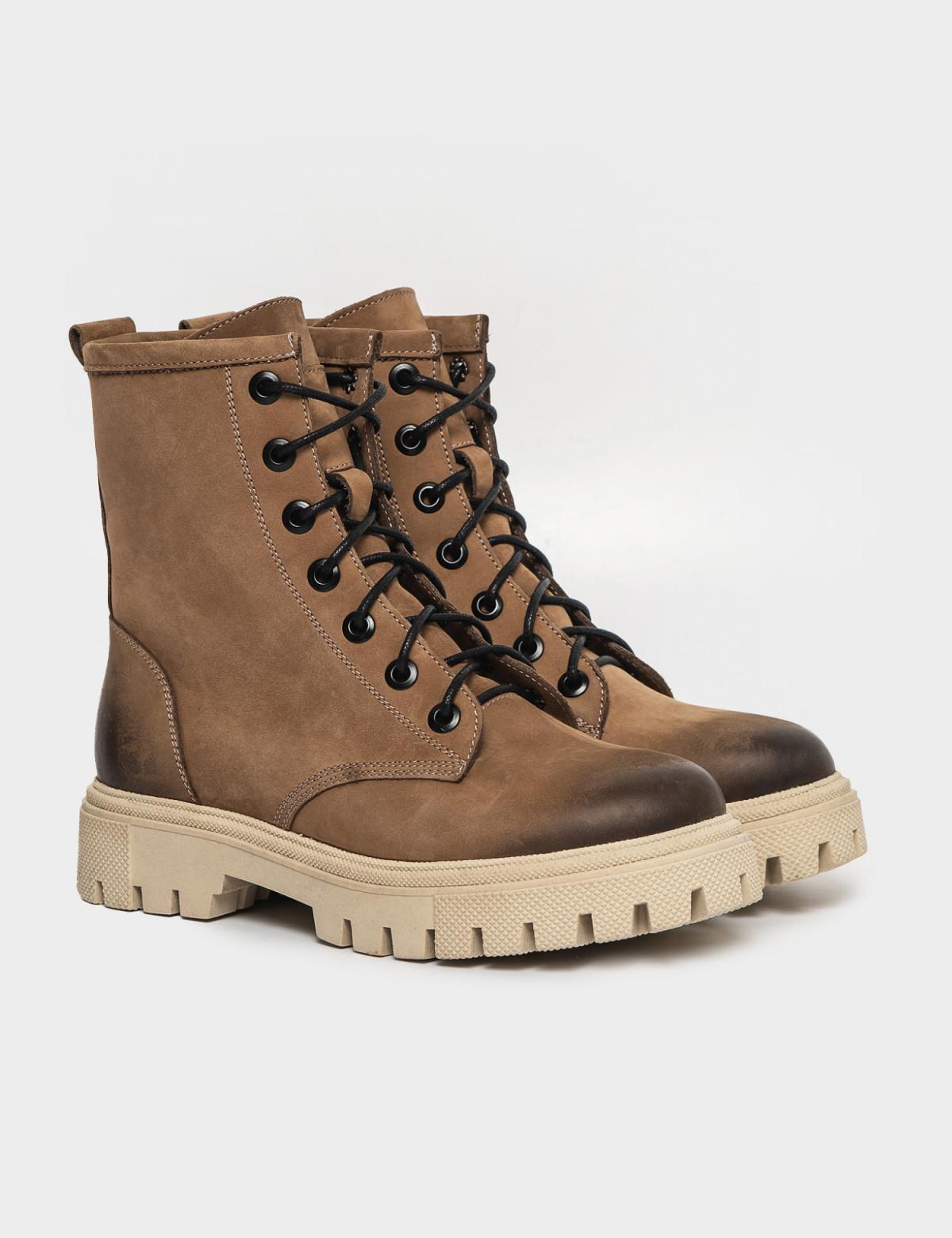 Ботинки бежевые. Натуральный нубук. Байка1