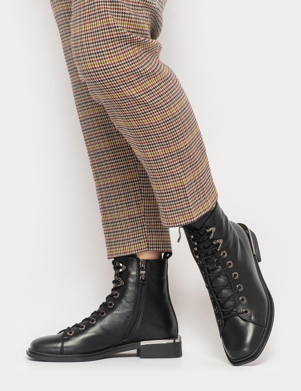 Ботинки черные. Натуральная кожа. Байка4