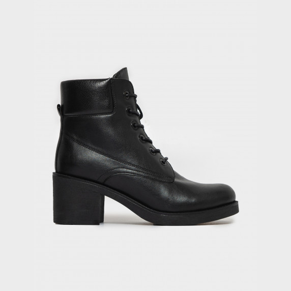 Ботинки черные. Натуральня кожа. Байка