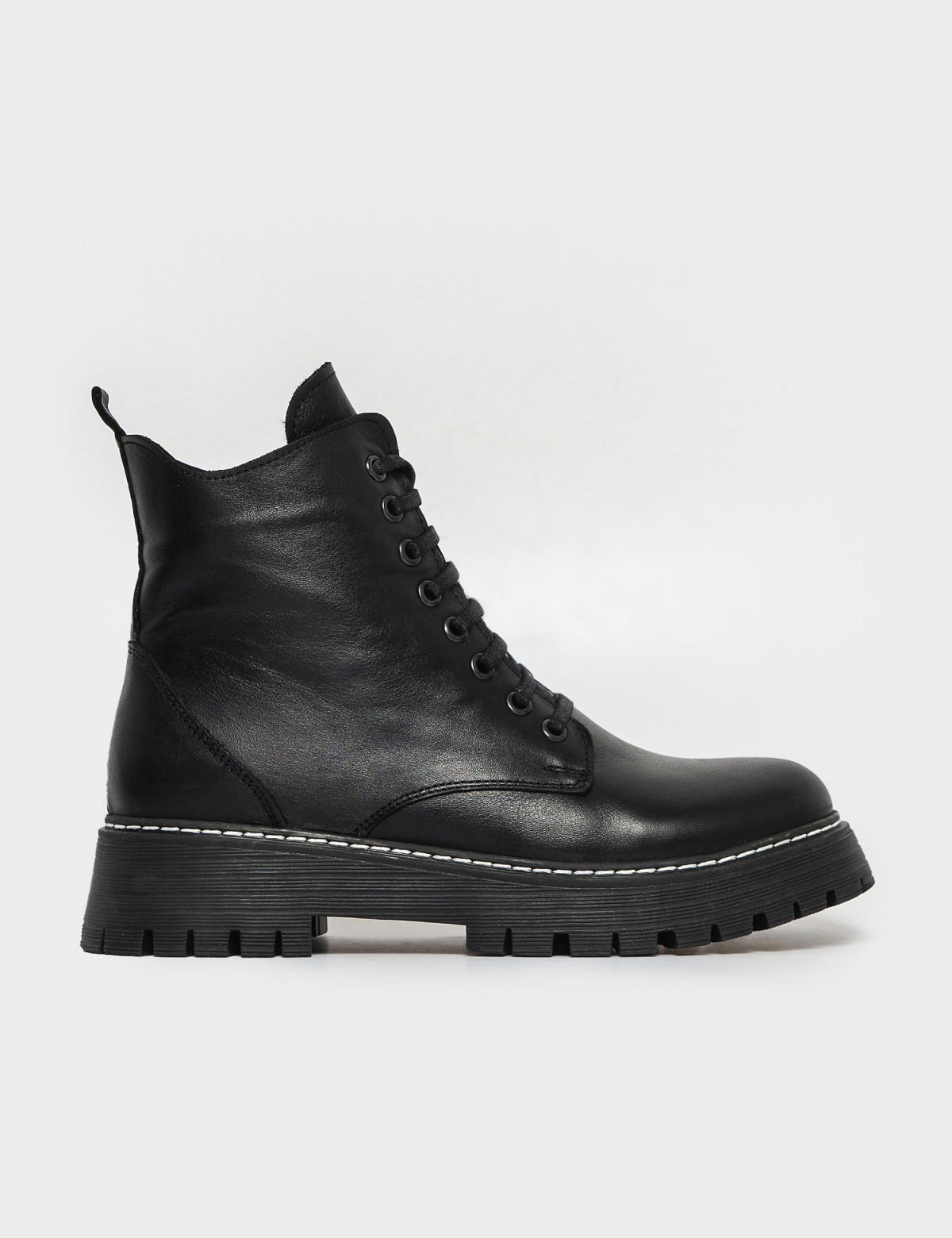 Ботинки черные. Натуральная кожа. Мех
