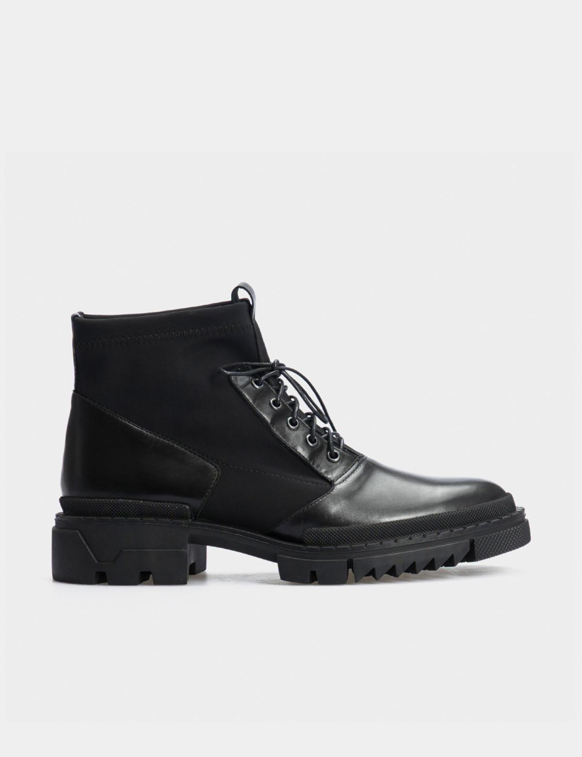 Ботинки черные, натуральная кожа/стрейч. Байка