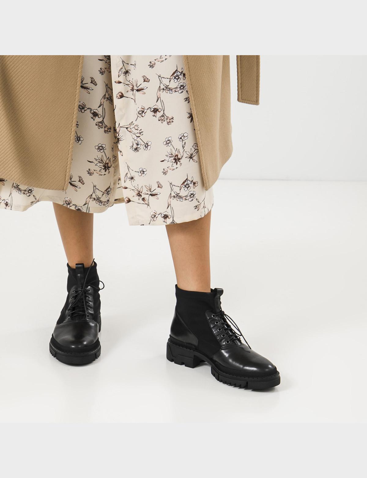 Ботинки черные, натуральная кожа/стрейч. Байка5