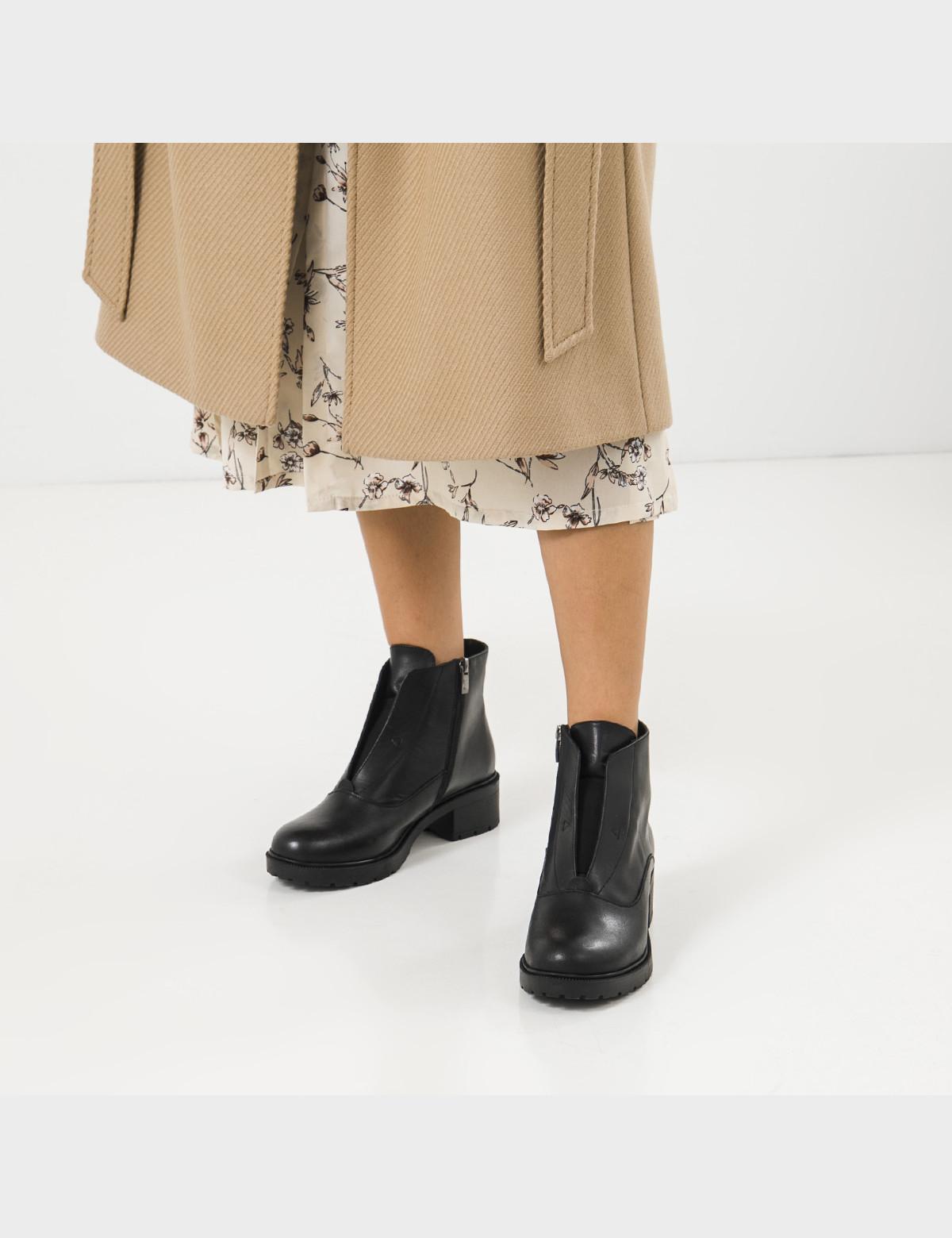 Ботинки черные, натуральная кожа. Байка 5