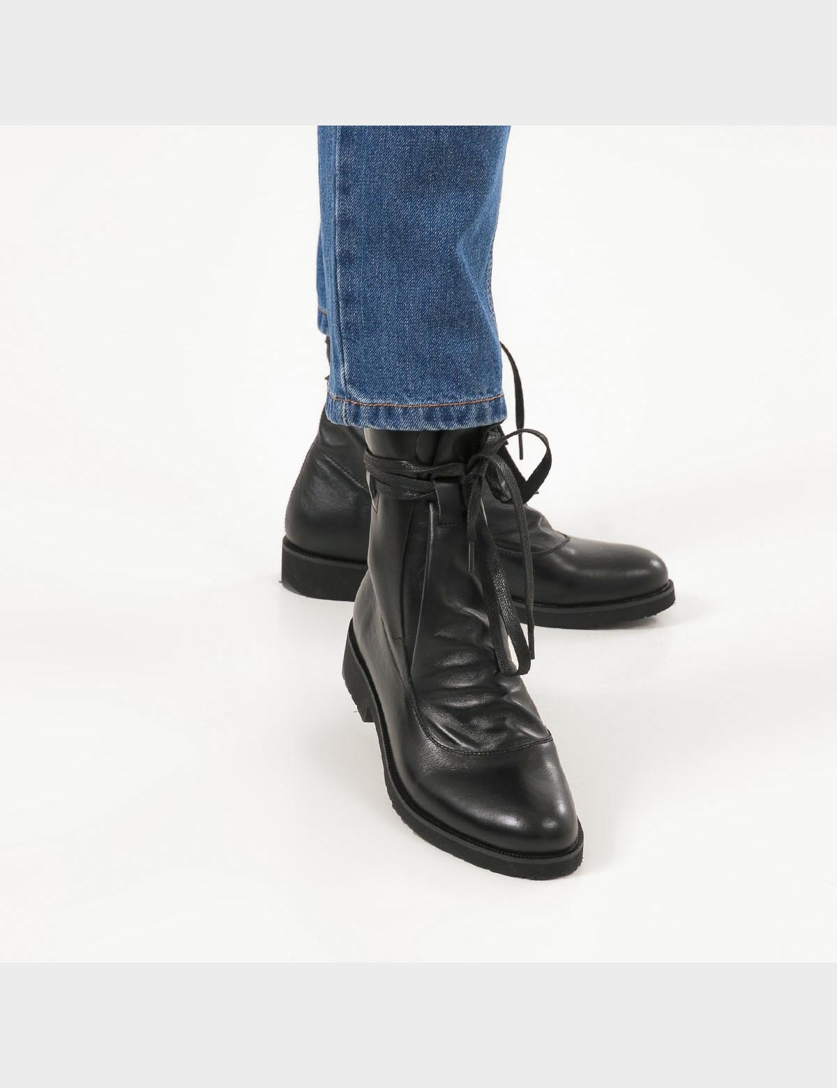 Ботинки натуральная черная кожа. 5