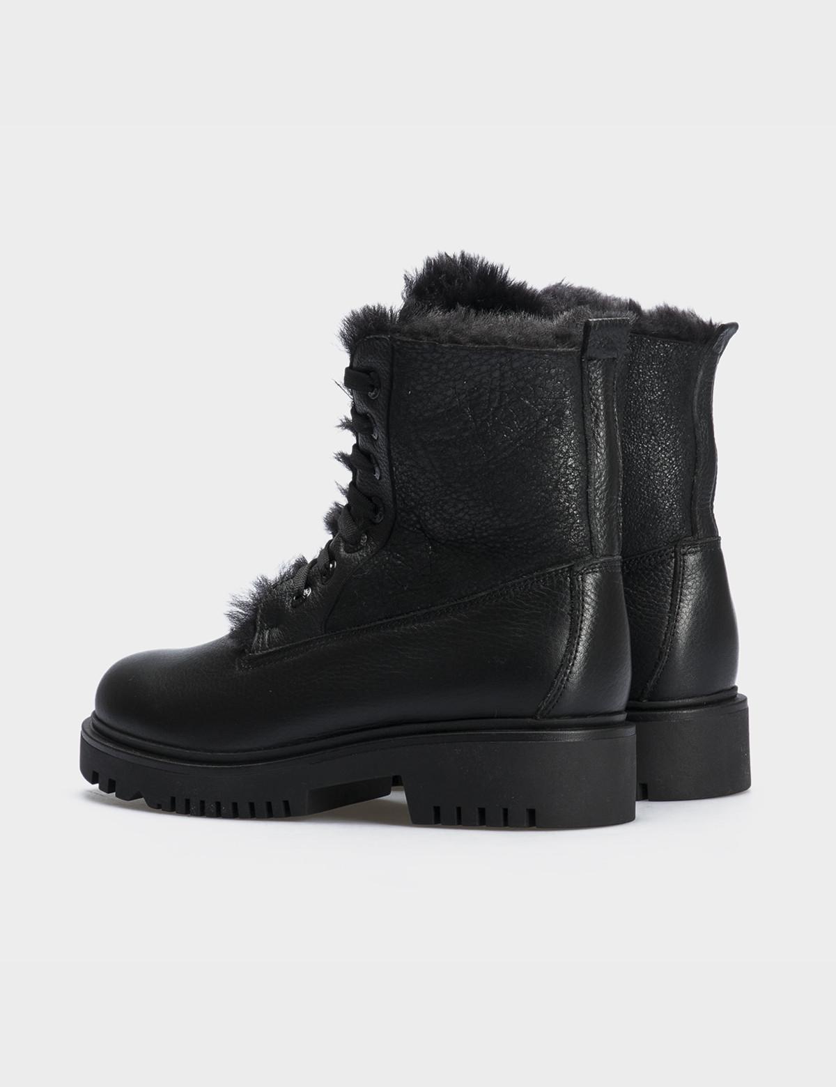 Ботинки черные,натуральная кожа. Шерсть2