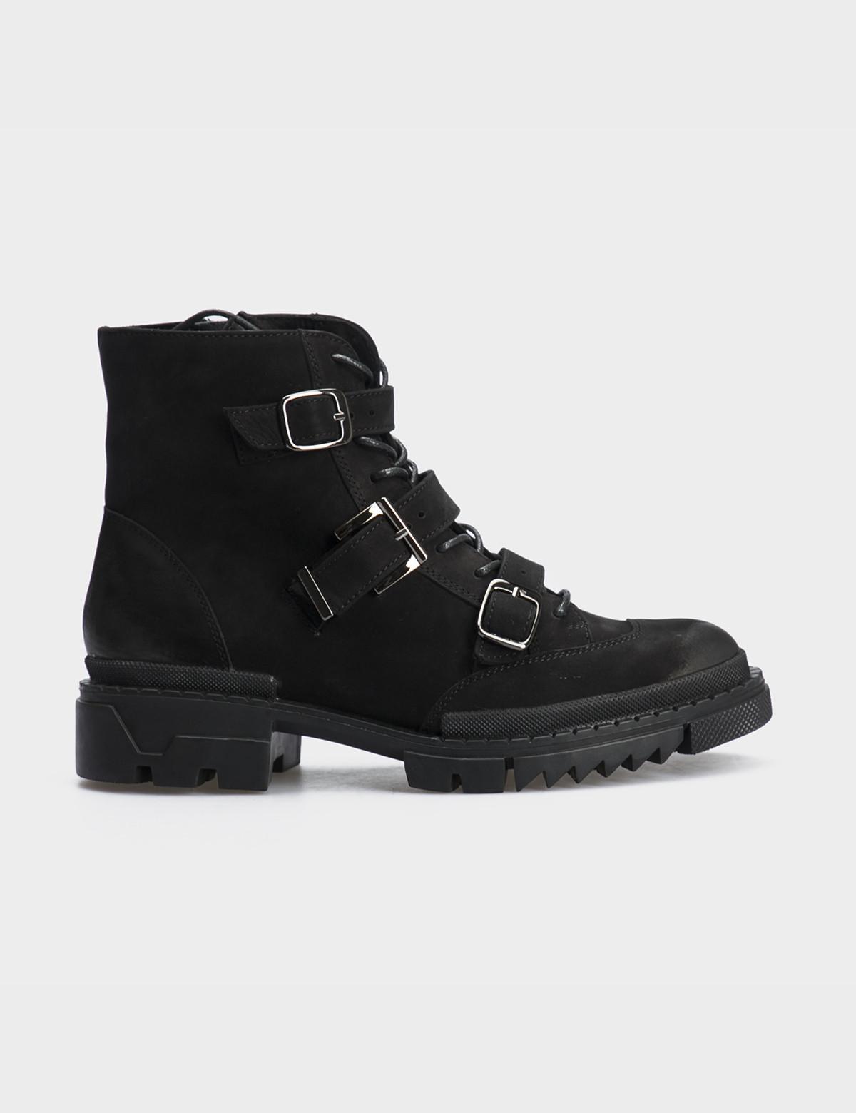 Ботинки черные натуральный нубук. Байка