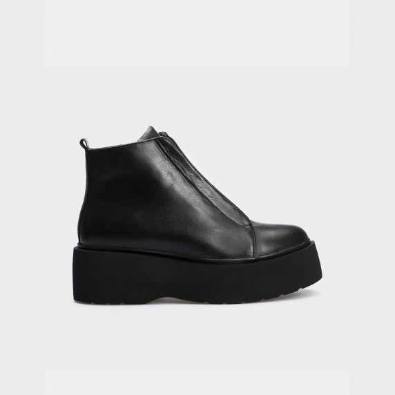 Ботинки черные натуральная кожа. Байка