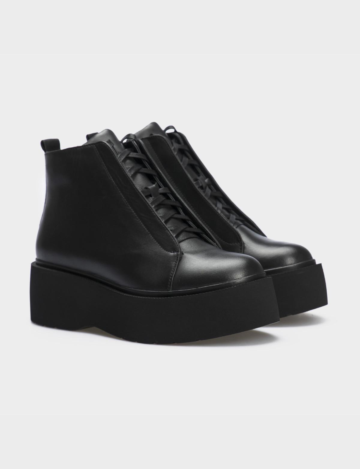 Ботинки черные натуральная кожа. Байка1