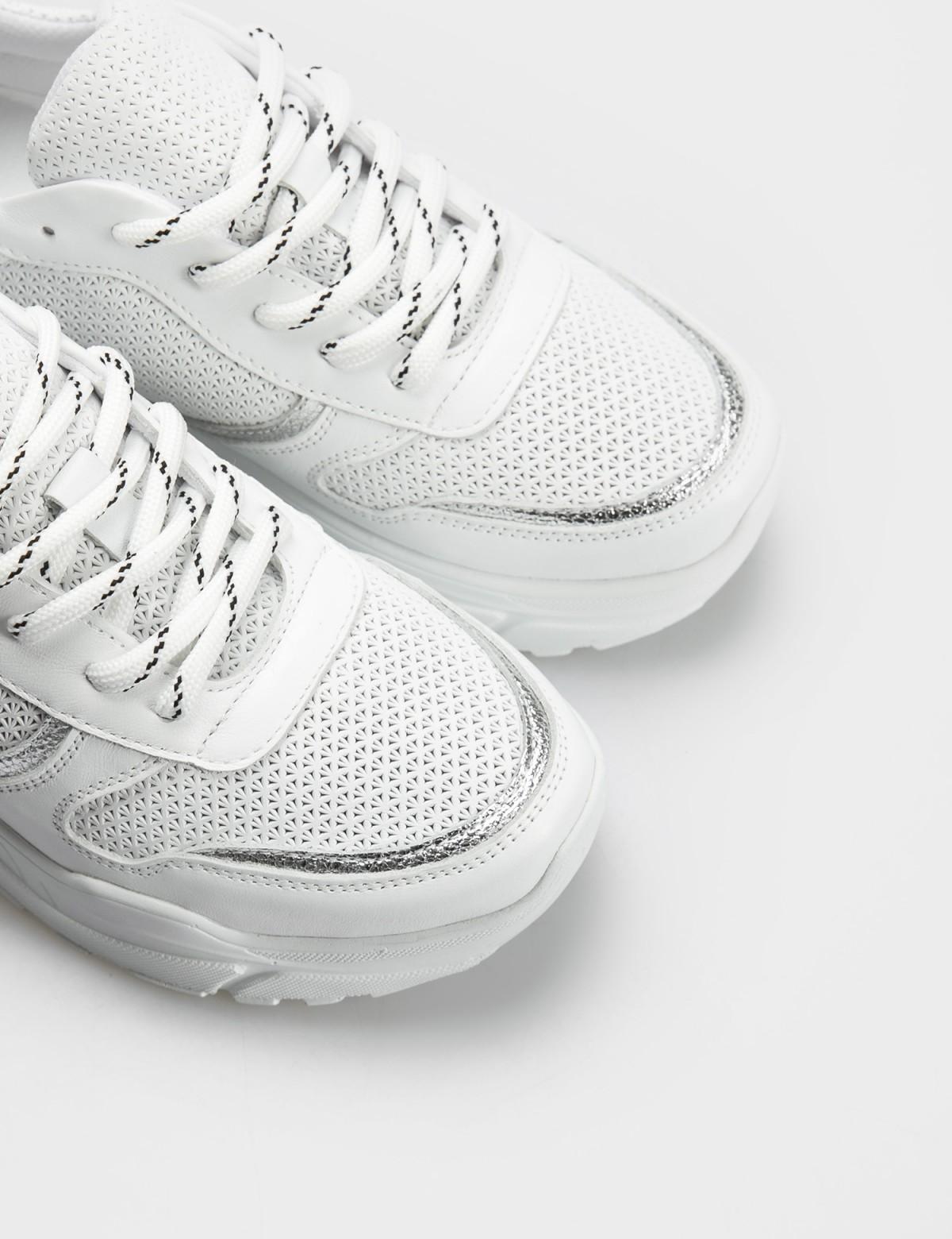 Кроссовки белые, натуральная кожа. Текстиль3
