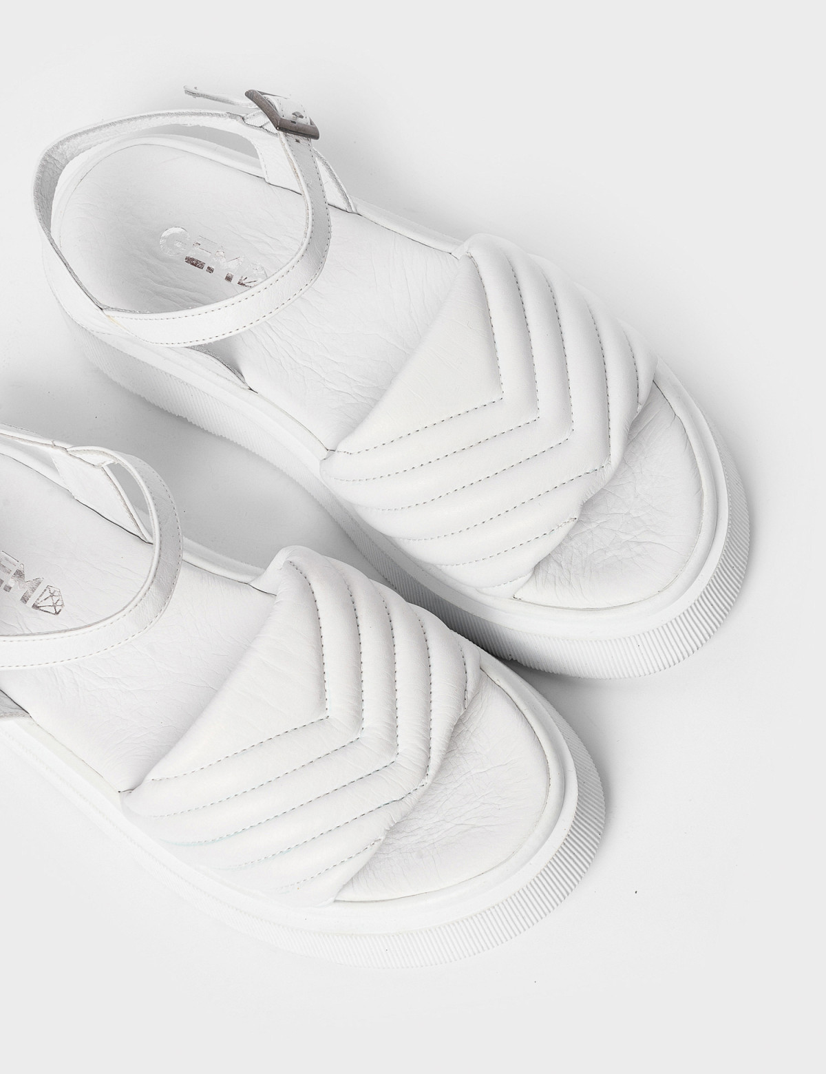 Сандалі білі. Натуральна шкіра3