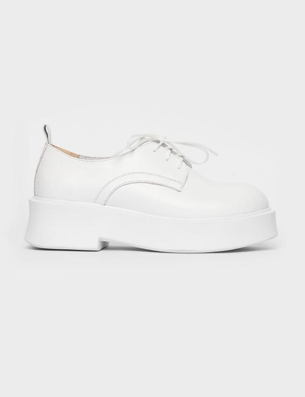 Туфлі білі. Натуральна шкіра