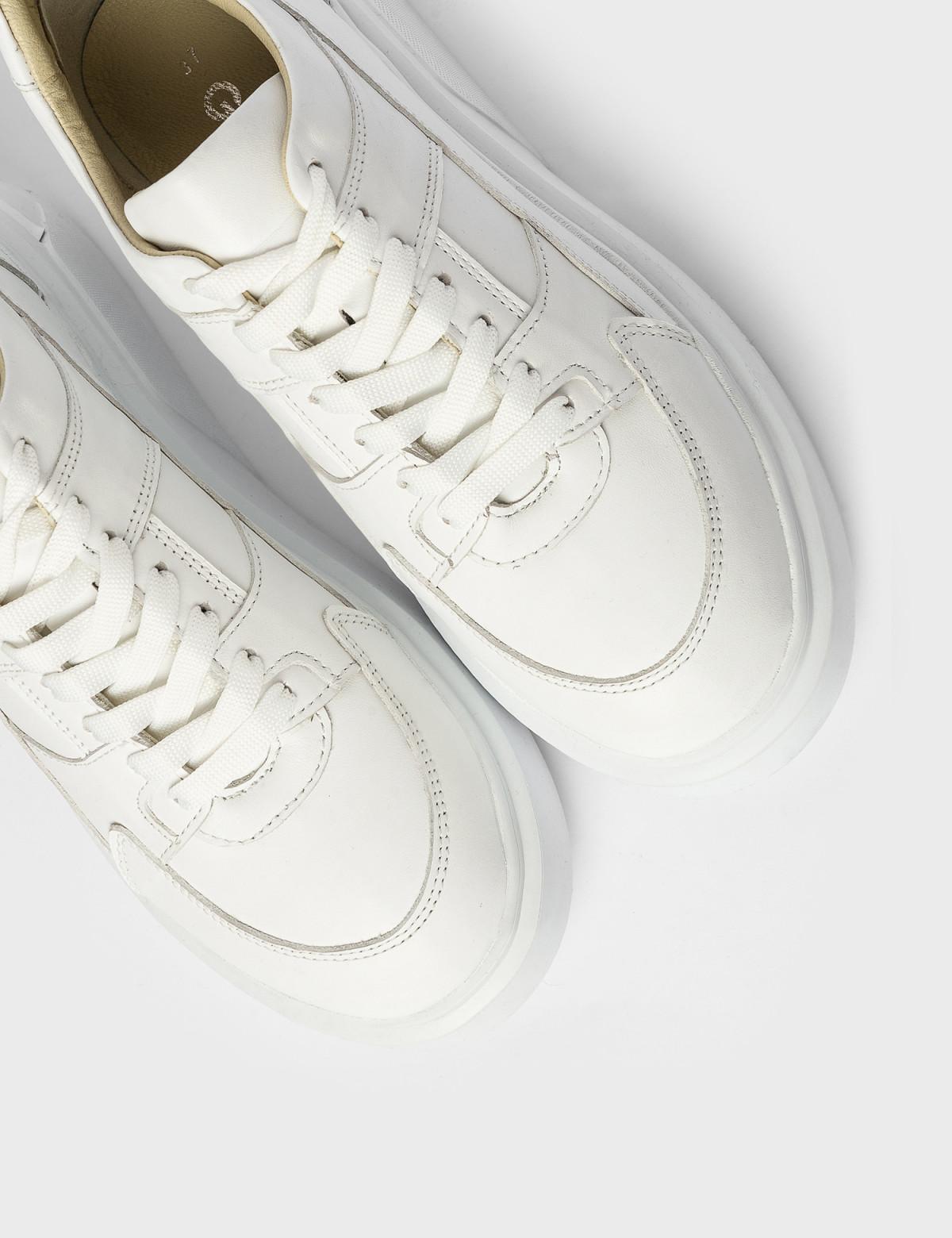 Кросівки білі. Натуральна шкіра3