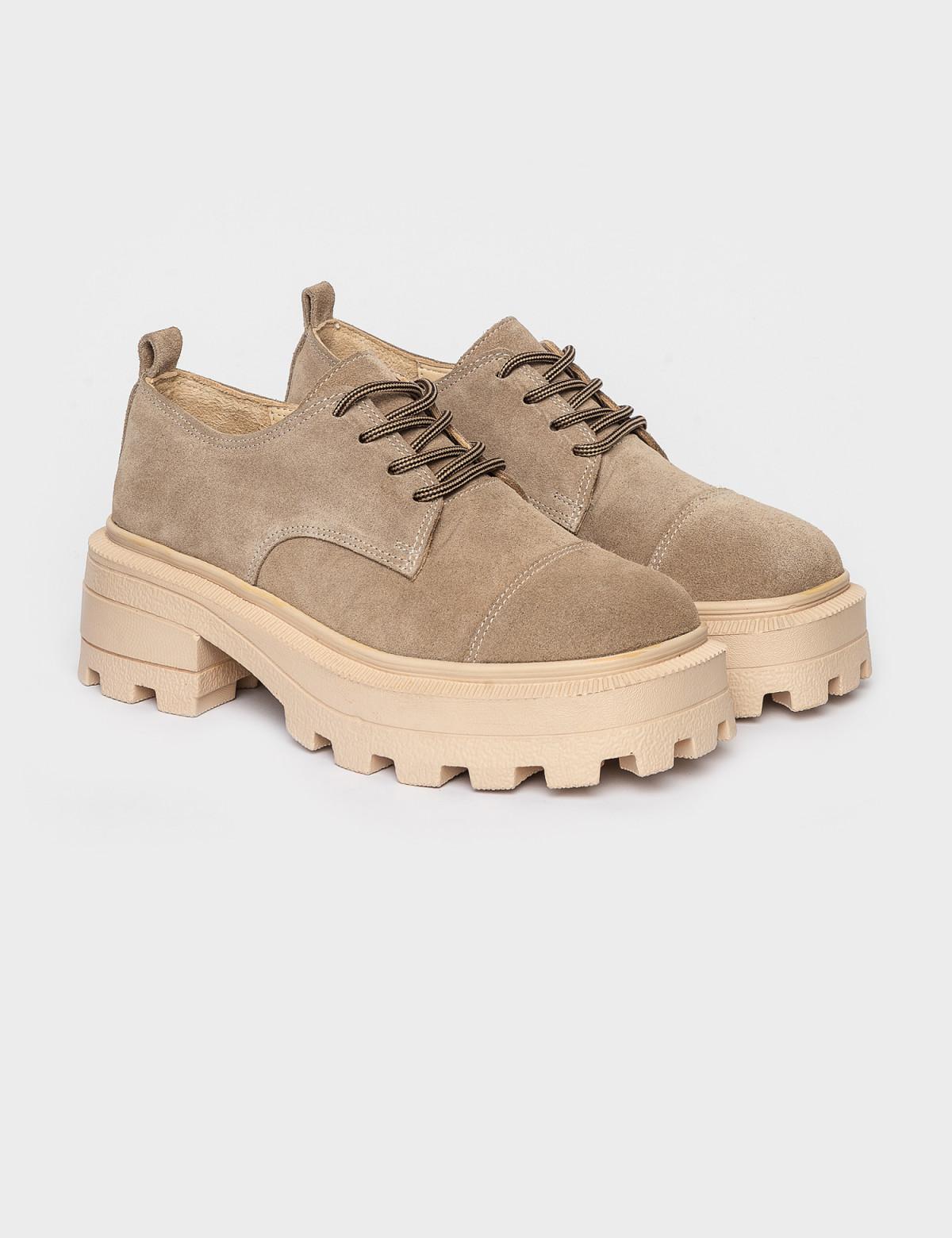 Туфлі бежеві. Натуральна замша1