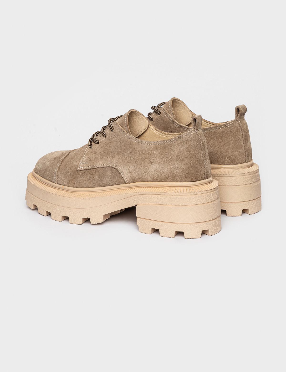 Туфлі бежеві. Натуральна замша2