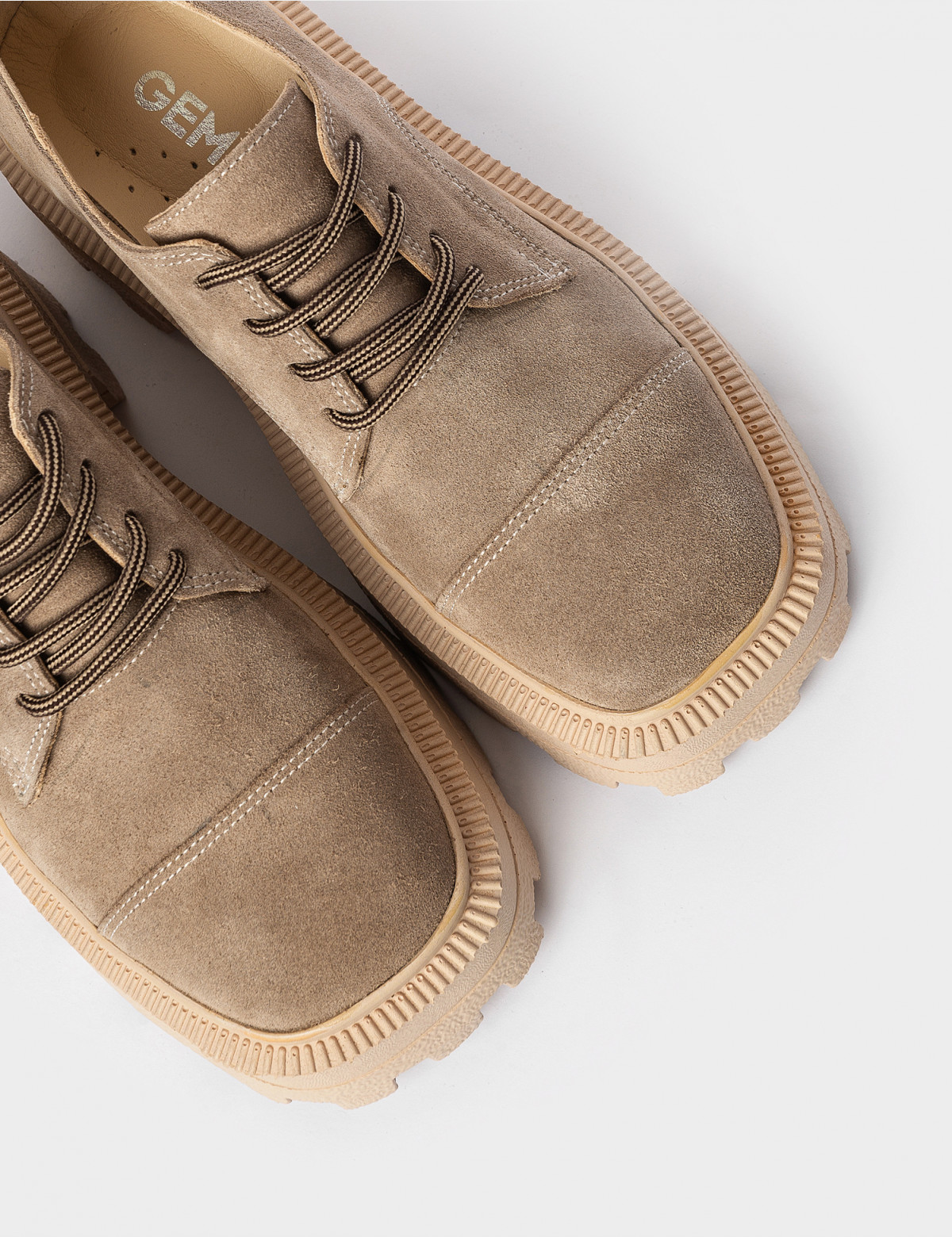 Туфлі бежеві. Натуральна замша3