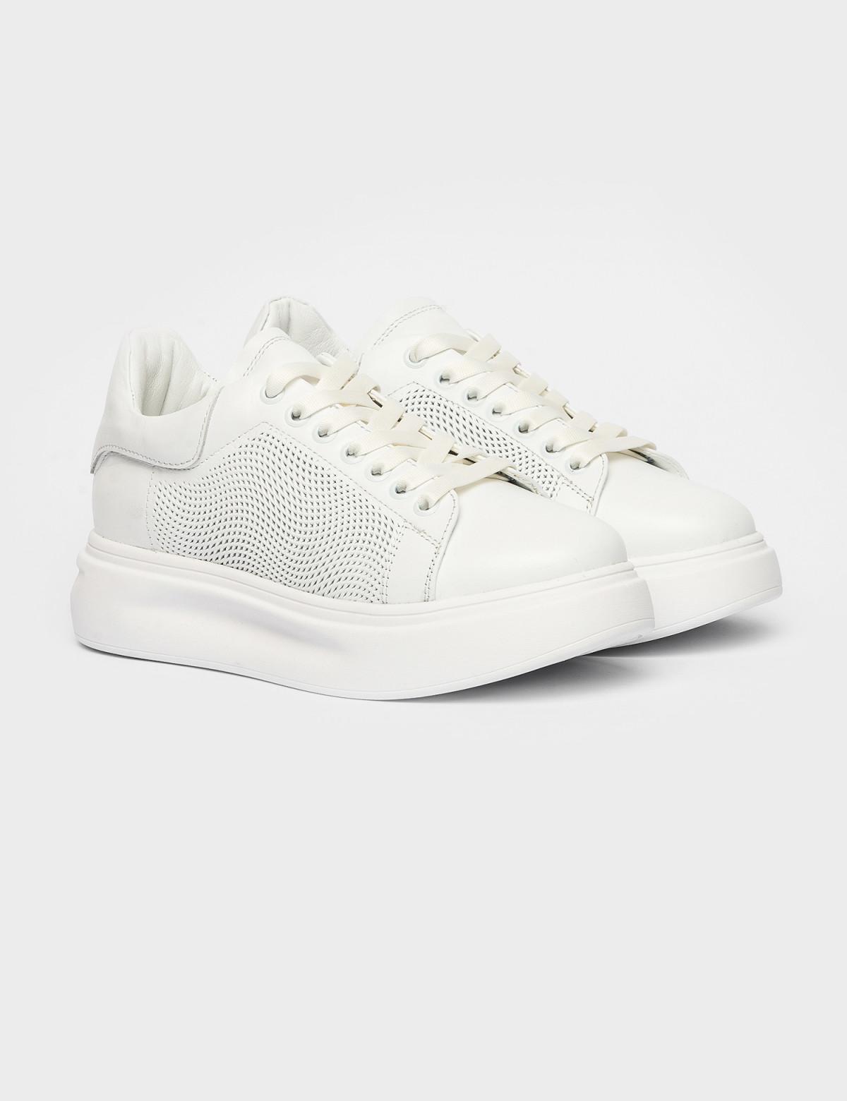Кросівки білі. Натуральна шкіра1