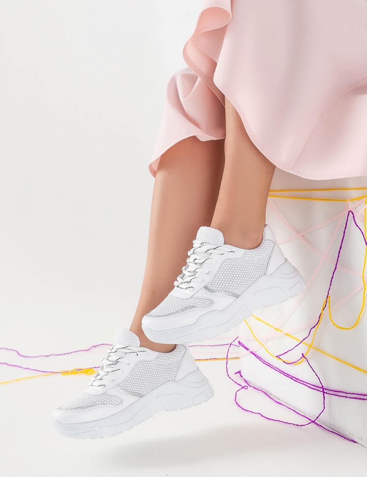 Кроссовки белые, натуральная кожа. Текстиль5