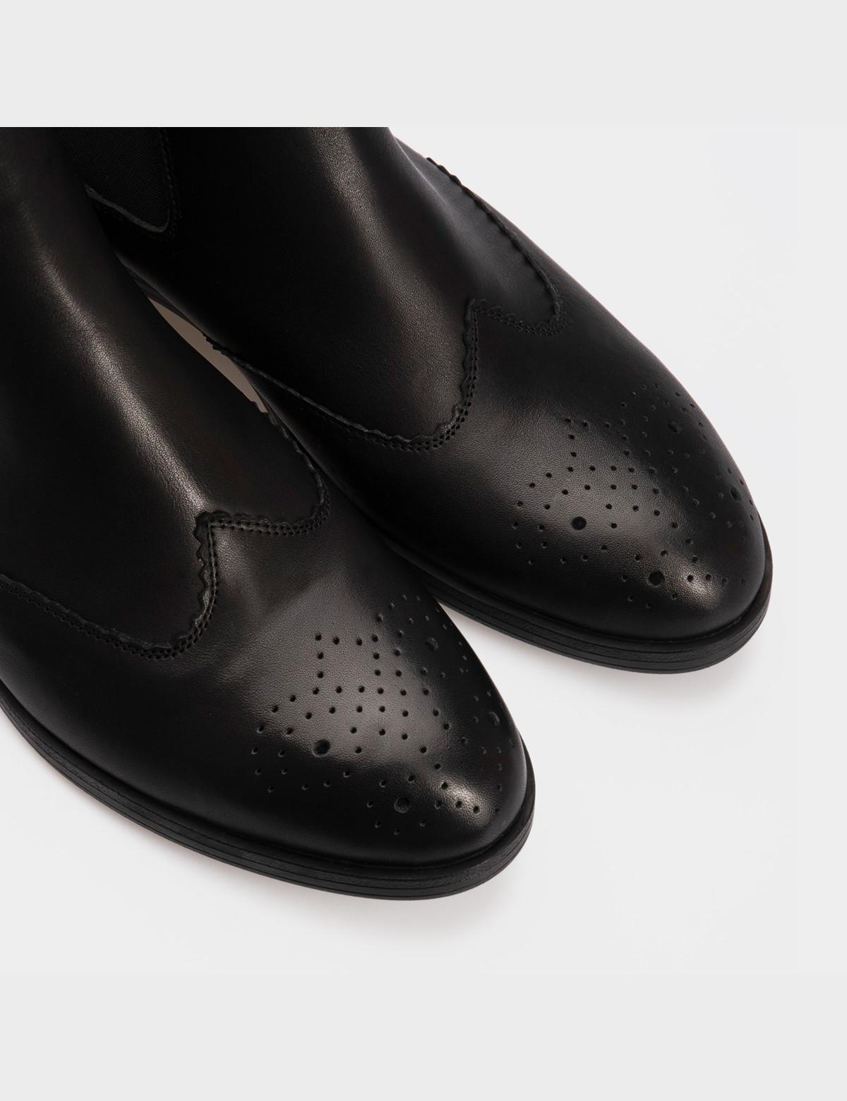 Ботинки черные, натуральная кожа. Байка4
