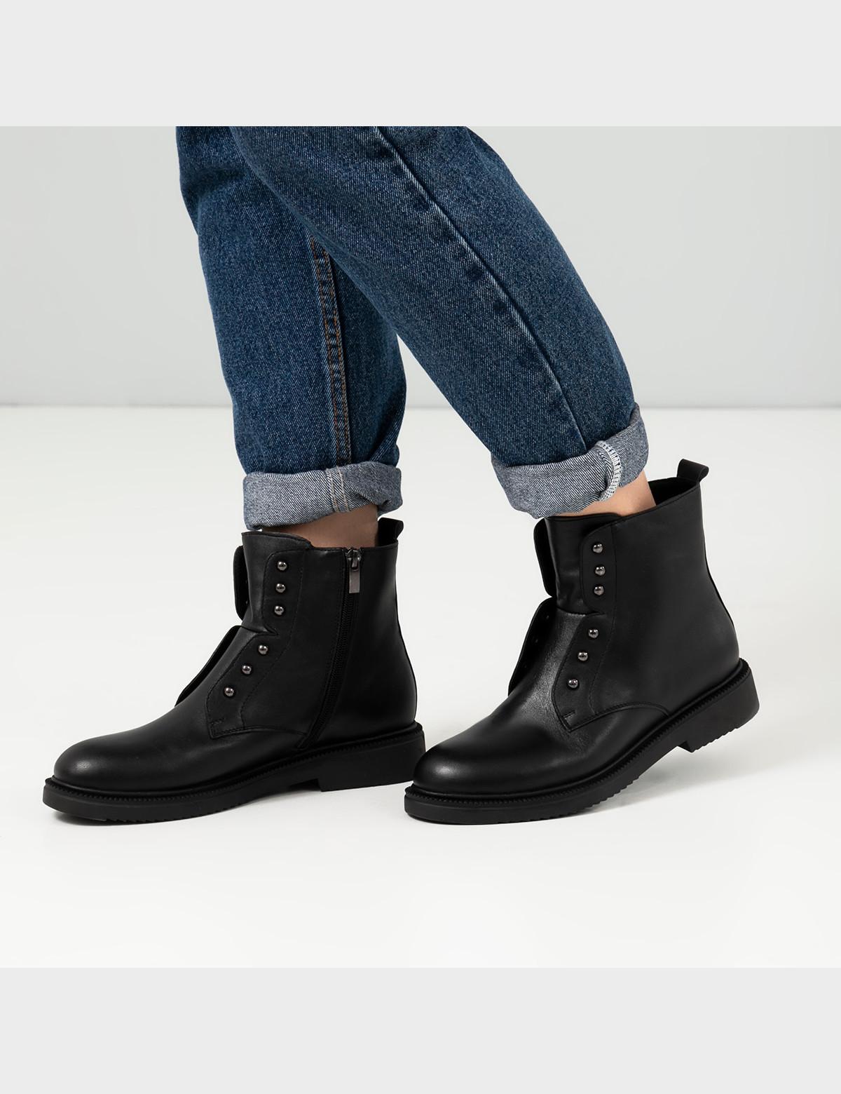 Ботинки черные, натуральная кожа. Шерсть 5