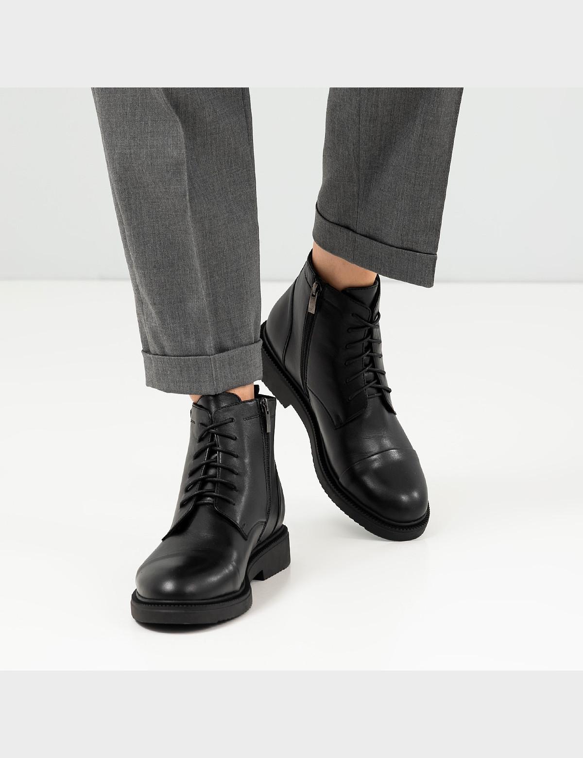 Ботинки черные, натуральная кожа. Шерсть 6