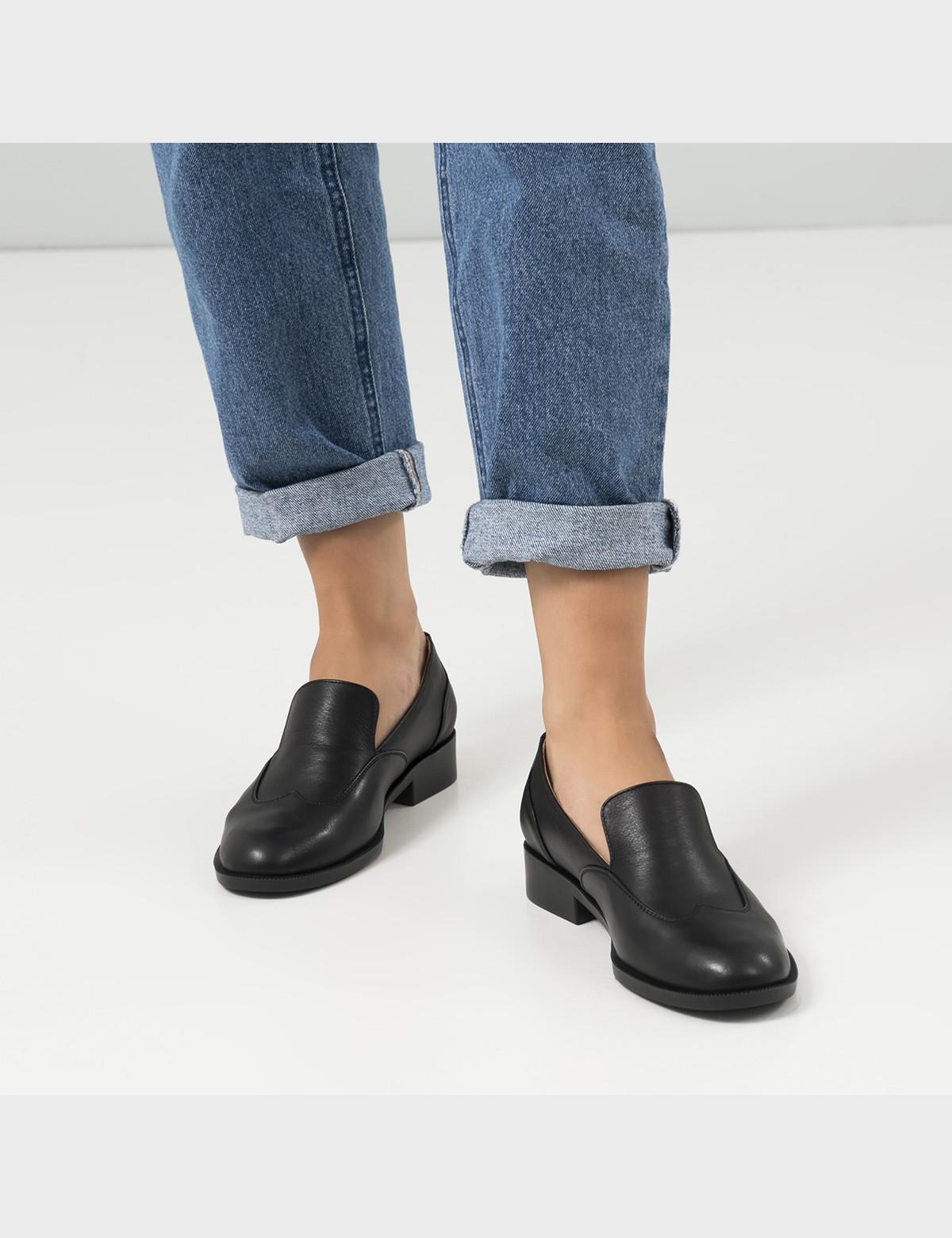Туфли черные, кожа 5