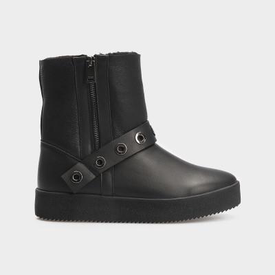 Ботинки черные, натуральная кожа. Шерсть 7017